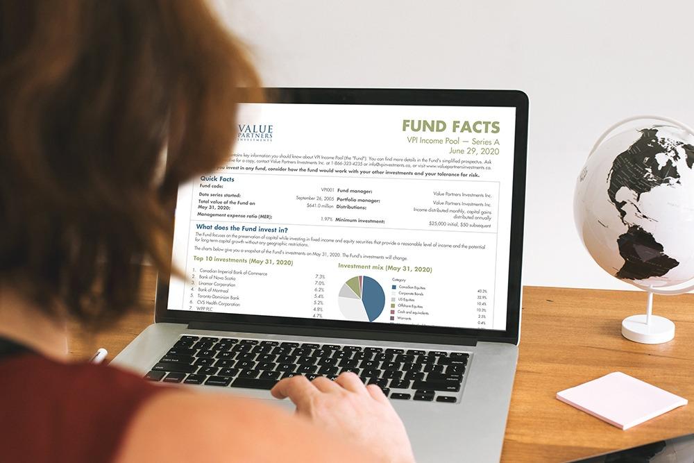 Publisher - Fund_Fact_on_Laptop